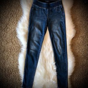 Old Navy Rockstar Mid-Rise Elastic Band Jeans